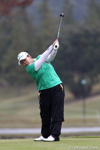 2011年 伊藤園レディスゴルフトーナメント 初日 アン・ソンジュ  賞金女王の可能性が高い?