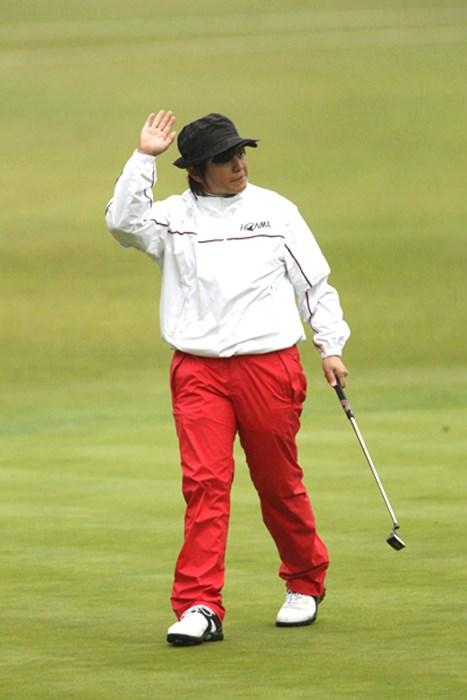 最終でバーディ、ホールアウト組では2位です. 2011年 伊藤園レディスゴルフトーナメント 初日 ウェイ・ユンジェ