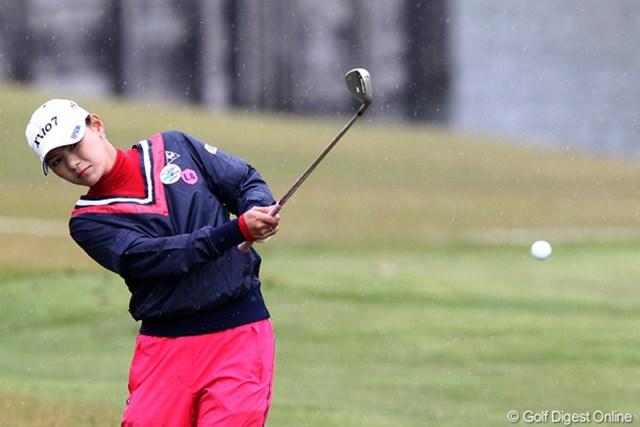2011年 伊藤園レディスゴルフトーナメント 初日 横峯さくら  賞金女王への道?頑張れ!