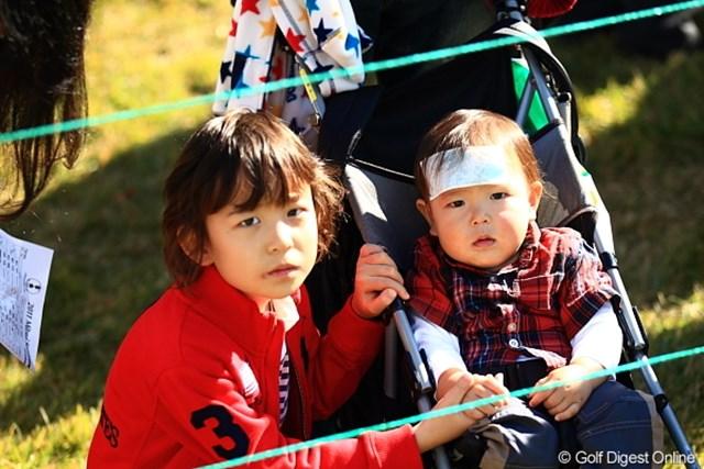 2011年 三井住友VISA太平洋マスターズ 3日目 ギャラリー 冷えピタ貼ってますけどなにか?