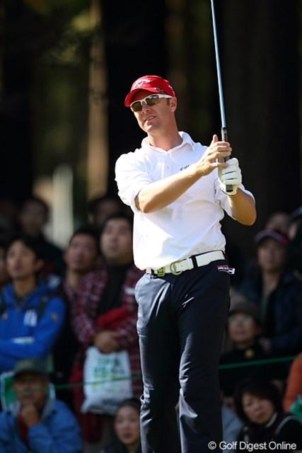 2011年 三井住友VISA太平洋マスターズ 3日目 ブレンダン・ジョーンズ このファッションでこの赤い帽子はいけてない。