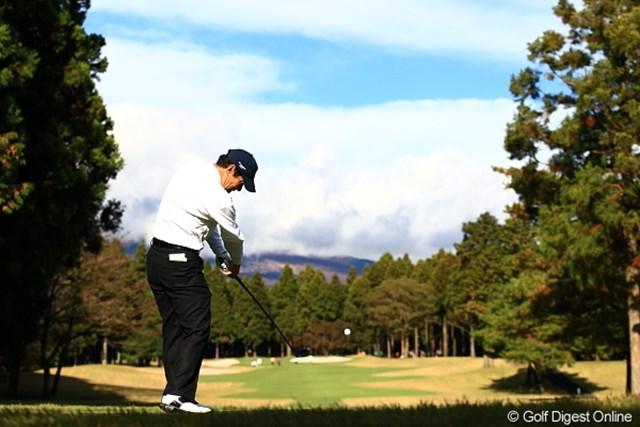 2011年 三井住友VISA太平洋マスターズ 3日目 今野康晴 富士山に向かって飛んでけー!って富士山見えないし。。。
