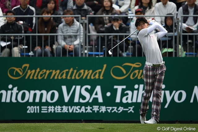 2011年 三井住友VISA太平洋マスターズ 3日目 諸藤将次 諸藤選手、なんと10番をアイアンでティショット。