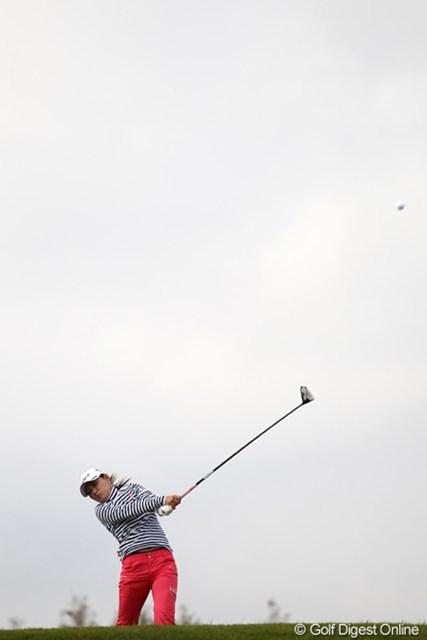 2011年 伊藤園レディスゴルフトーナメント 2日目 横峯さくら ナイスノーボギーです!