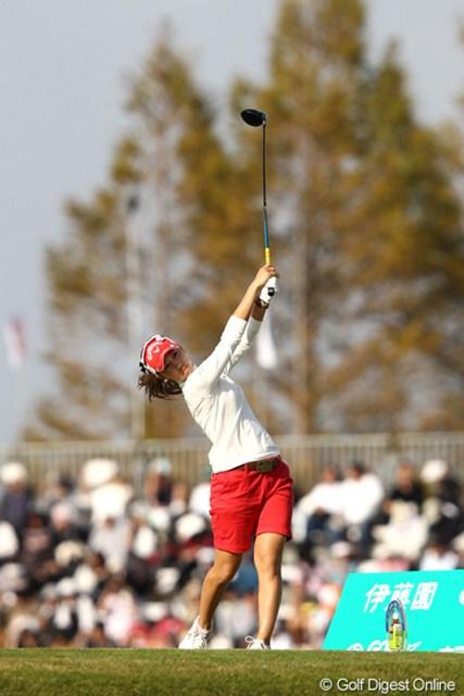 2011年 伊藤園レディスゴルフトーナメント 最終日 上田桃子 2週連続優勝には届かなかったが納得のラウンドができた上田桃子