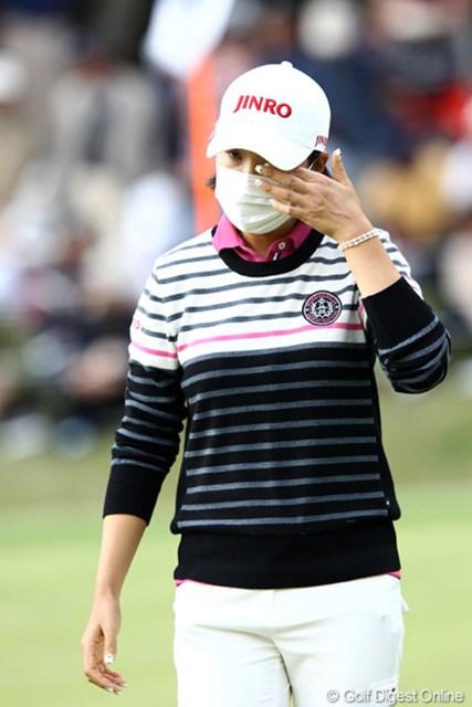2011年 伊藤園レディスゴルフトーナメント 最終日 全美貞 咳をゴホンゴホン辛そうでした、お大事に!
