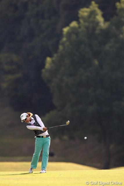 2011年 伊藤園レディスゴルフトーナメント 最終日 大江香織 6アンダー7位と健闘です