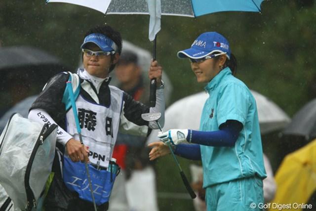 連日の「67」で単独首位に躍り出た藤田幸希