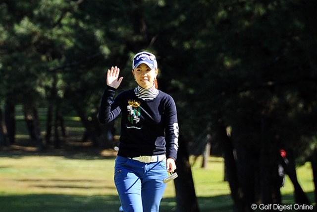 2011年 LPGAツアーチャンピオンシップリコーカップ 初日 上田桃子 上々の滑り出し。通算1オーバーでもトップ10内発進だ!