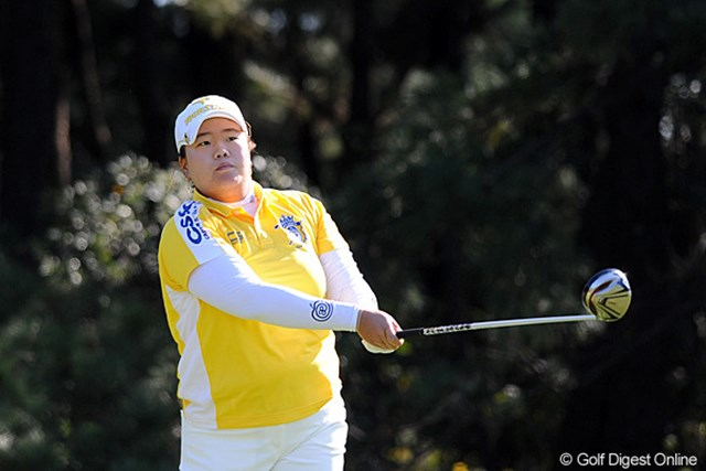 2011年 LPGAツアーチャンピオンシップリコーカップ 2日目 アン・ソンジュ 2年連続賞金女王が最終戦でもその実力を発揮している