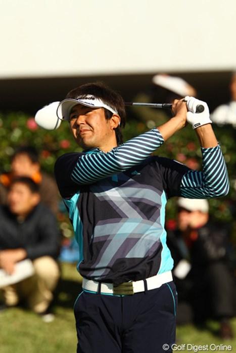 今日67のスーパーラウンドで、予選落ちの危機を回避。シード権ボーダーラインの選手が、ほとんど予選通過した事で争いは激化! 2011年 カシオワールドオープンゴルフトーナメント2日目 富田雅哉
