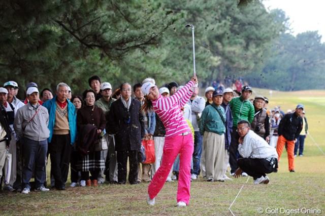 今週は最終日まで思ったようなゴルフのできなかった横峯さくら。また来年に期待!