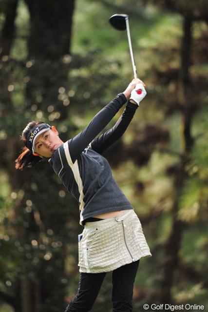 2011年 LPGAツアーチャンピオンシップリコーカップ 最終日 北田瑠衣 しっかりパープレーにまとめて6位タイフィニッシュ。日本人の成績上位者は、チエゾー先生を除いて、全員が主婦ゴルファーやないの!やっぱりオカーちゃんは強いんや~。怖わ・・・。