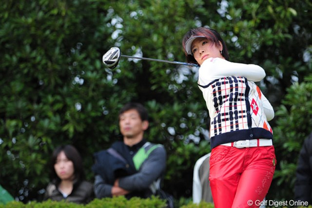 2011年 LPGAツアーチャンピオンシップリコーカップ 最終日 森田理香子 ホステスのお役目ゴクロ~さんでした!初日の出遅れ(79)が無かったらソコソコの勝負になったのになァ・・・。残念。15位T