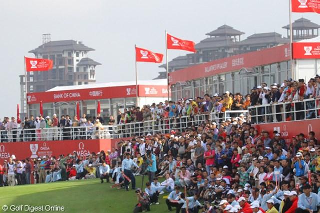 地元中国組のホールアウト時は上段のVIP席からも人が溢れていた
