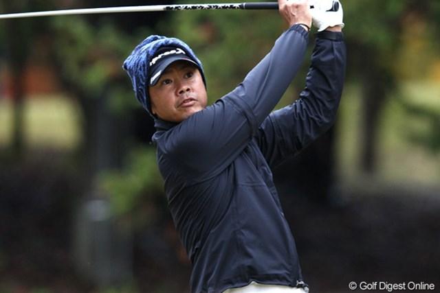 首位スタートを切った藤田寛之。大会2連覇での今季初勝利を狙う
