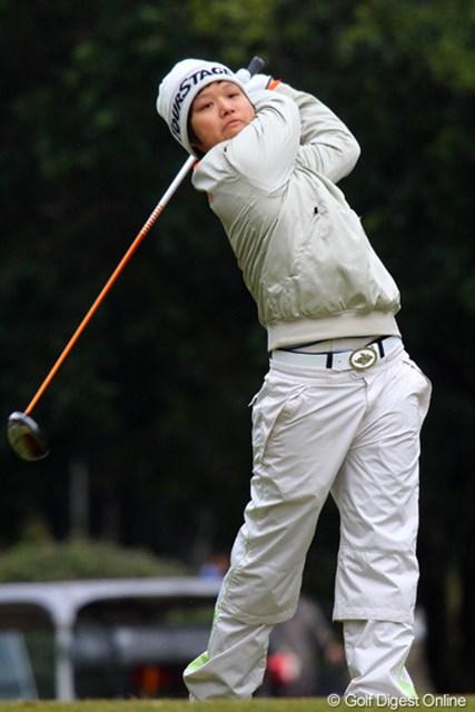 来シーズンは国内専念を表明した野村敏京が3位突破。大きな目標を自らに課した