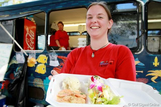 ギャラリープラザでは日本食もある。人気はハワイアンフードを提供する『ブルーウォーター・シュリンプ&シーフード』店
