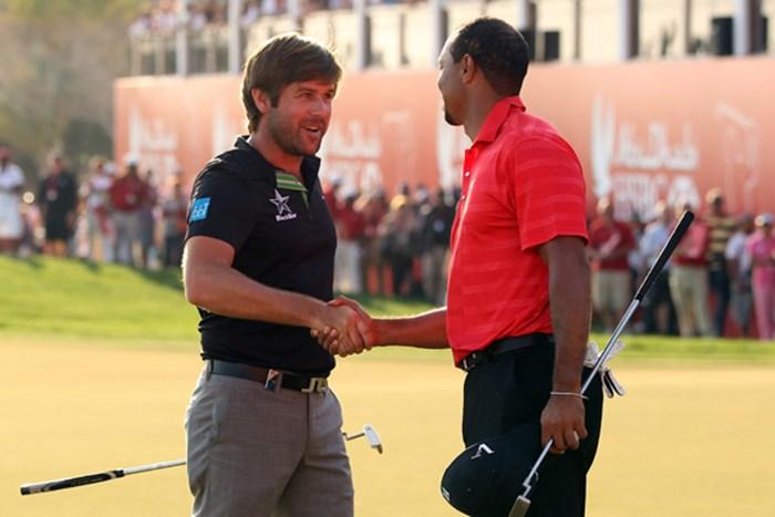 R.ロックが並み居る強豪たちを振り切り、ツアー2勝目を手に! タイガーの復活Vは叶わなかった(Andrew Redington/Getty Images) 2012年 HSBCゴルフ選手権 最終日 ロバート・ロック&タイガー・ウッズ