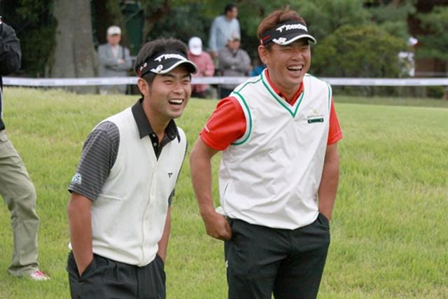 平塚を「哲兄(てつにぃ)」と慕う池田(=左)もアジアに目を向け始めるなど、平塚をお手本に戦いの場を広げる若手がこれからますます増えそうだ