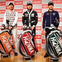 今季から本間ゴルフと契約を交わした(左から)江連忠、岩田寛、金度勲 2012年 ホットニュース 江連忠、岩田寛、金度勲