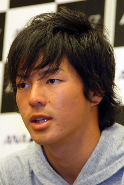 羽田空港内で会見に臨んだ石川遼。マスターズ出場をかけたサバイバルに、挑む。