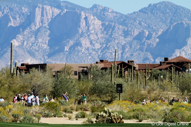2012年 WGCアクセンチュアマッチプレー選手権 3日目 カラフルデザート 意外と色彩豊かな砂漠の風景。青、緑、黄色、白…