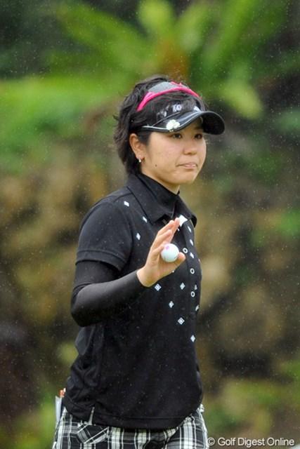 18歳のアマチュア、比嘉真美子が地元で躍進! 7位タイで最終日を迎える