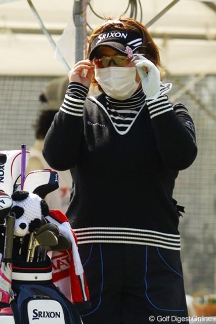 2012年 ヨコハマタイヤゴルフトーナメントPRGRレディスカップ 2日目 吉田弓美子 「私は誰でしょう?」