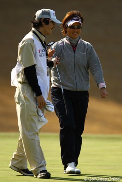 2012年 ヨコハマタイヤゴルフトーナメントPRGRレディスカップ 2日目 福田裕子 こちらは連続バーディでのスタートだったのですが、5つもスコアを落としてしまいました。