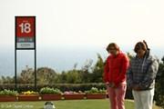 2012年 ヨコハマタイヤゴルフトーナメントPRGRレディスカップ 最終日 黙祷