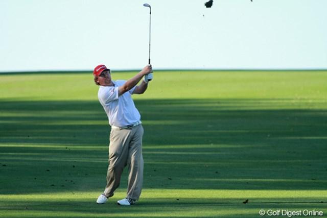 2012年 トランジションズ選手権 2日目 ウィリアム・マクガート 32歳。過去には1ラウンドで2回ホールインワンを出したことがあるという。大学は野球とゴルフの両方から奨学金のオファーをもらったというアスリートだ