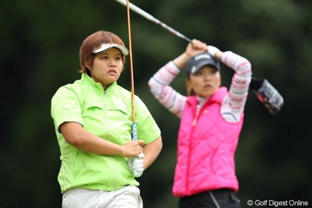 2012年 Tポイントレディスゴルフトーナメント 最終日 野村敏京 せっかくFWで刻んだのに突きぬけてOB。。。かわいそう。