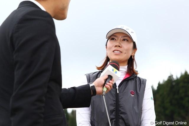 2012年 Tポイントレディスゴルフトーナメント 最終日 李知姫 チヒは日本語べらべらだからインタビューもいい感じ。