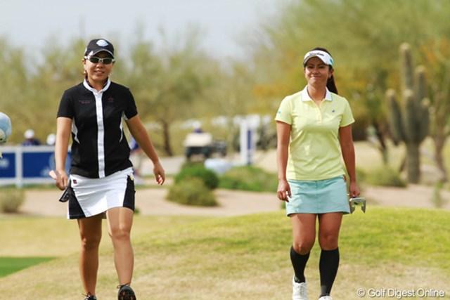 宮里藍(右)は宮里美香同様にコースの芝対策を課外に挙げる(写真はRRドネリー LPGA ファウンダーズカップ3日目)