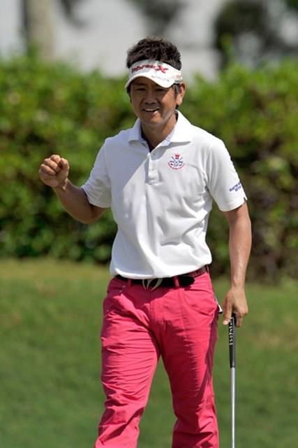 2アンダー暫定4位タイにつけた藤田寛之(写真提供:日本ゴルフツアー機構)