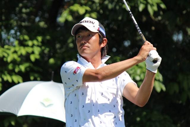 パターが安定しているという山下和宏は12位タイで最終日を迎える※写真提供/日本ゴルフツアー機構