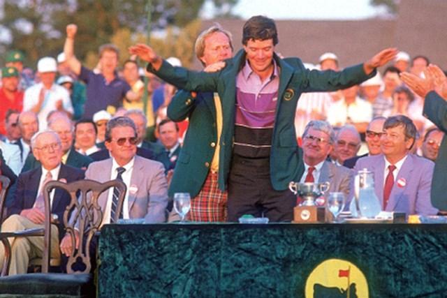 """2012年 【WORLD】 26人が語る""""オーガスタの思い出"""" 1987年に劇的なチップインで優勝を果たしたラリー・マイズ。しかし、彼の最高の思い出は、この年のことではないという(Getty Images)"""