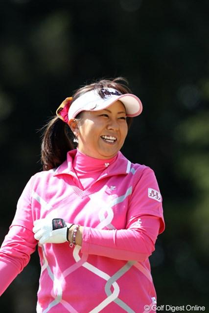 練習ラウンドを有村智恵と一緒に・・・で思わず笑顔