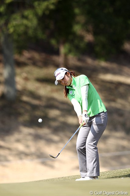 パーを拾う、粘りのゴルフで7位タイにつけた斉藤愛璃