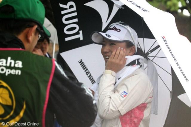 2012年 ヤマハレディースオープン葛城 2日目 有村智恵 10番からスタートした有村智恵は1ホールも終えずに予選落ちが決定した