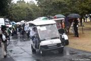 2012年 ヤマハレディースオープン葛城 2日目 緊急避難車両