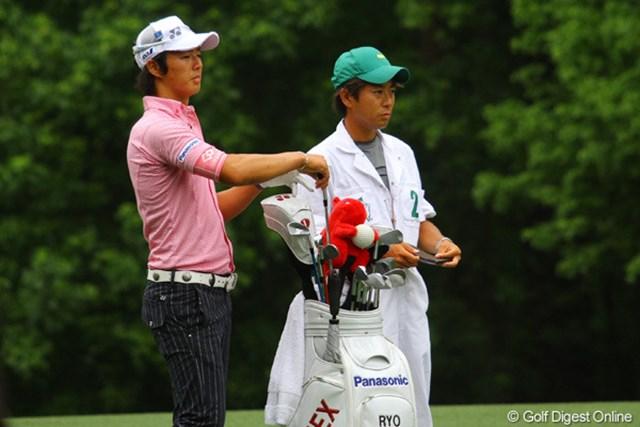 石川遼の良き相棒、加藤キャディは「成績はパッティング次第」。ショット精度には太鼓判を押している。