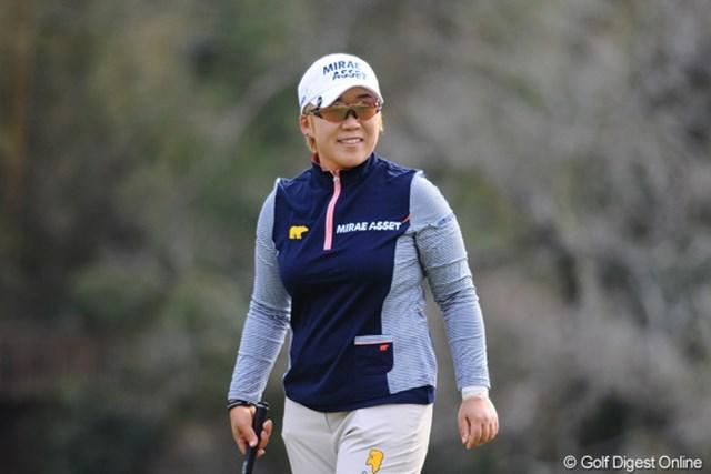2012年 スタジオアリス女子オープン 2日目 申智愛 2年ぶりのツアー優勝へ王手をかけた申智愛