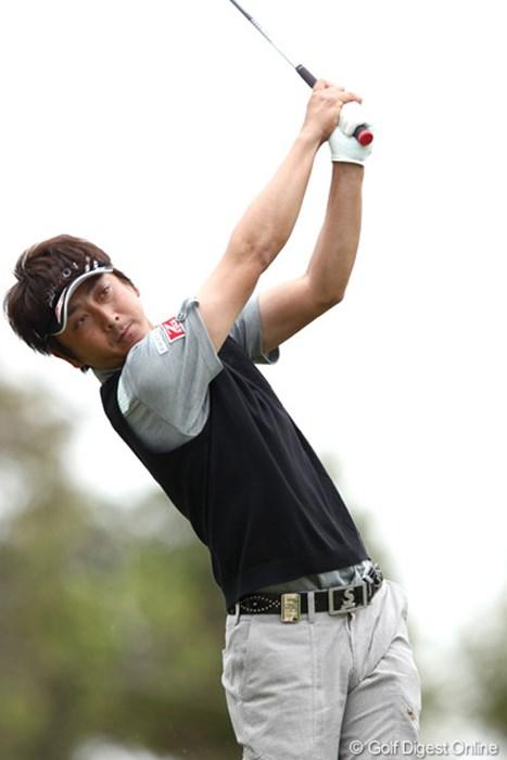 首位と2打差の通算7アンダー2位タイに浮上した冨山聡 2012年 東建ホームメイトカップ 2日目 冨山聡