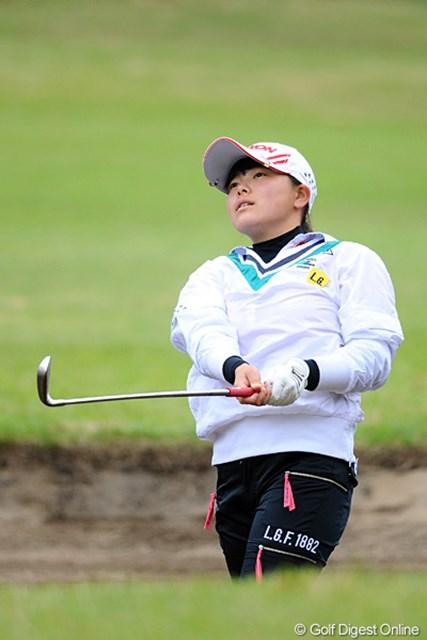 まだ中学生やのに堂々の28位タイ。帽子に「長田中 勝みなみ」のネームが入ってるあたりが初々しいですなァ。しかし強い!