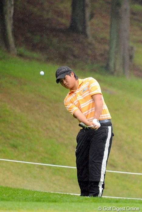 我が母校である超名門の甲南大学生や!甲南といえば中部銀次郎氏と奥田靖巳が有名やけど、最近はポツポツとプロも誕生してるらしいですわ…。森君は学生ランキング17位やそうです。予落 2012年 つるやオープンゴルフトーナメント 2日目 森裕紀