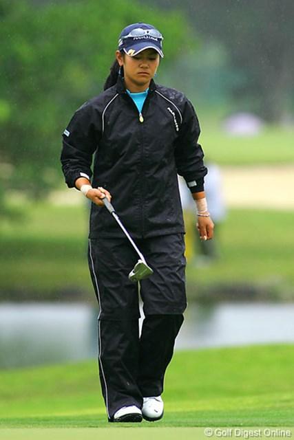 ダイキンオーキッドレディスゴルフトーナメント2日目 両手首の痛みにも負けず、上位に浮上した宮里藍