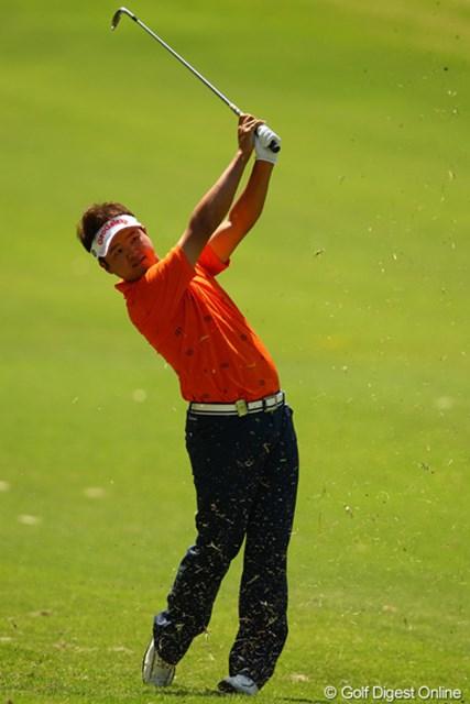 2012年 中日クラウンズ 3日目 白佳和 「67」をマークした白佳和は悲願のツアー初優勝に前進した。