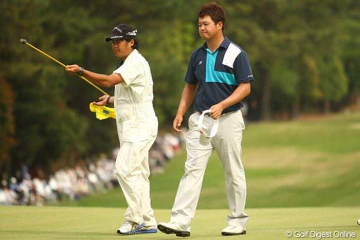 白佳和は最終日の前半で単独トップに立ちながらもツアー初優勝に届かなかった。 2012年 中日クラウンズ 最終日 白佳和